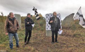 Marc Simon (sculpteur), Yann Luk Koad (lecteur du poème en breton), Jean Loup Le Cuff (Président de MAB)