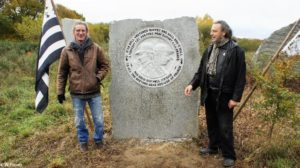 Marc Simon (sculpteur) et Jean Loup Le Cuff (Président de MAB)